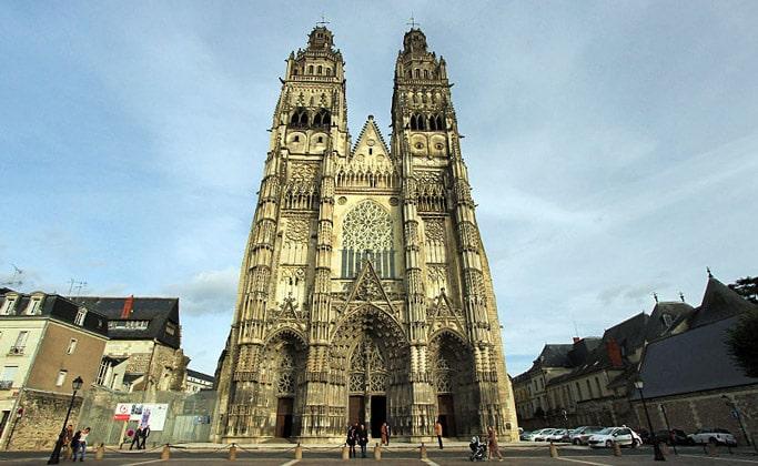 Церковь Сен-Гатьен