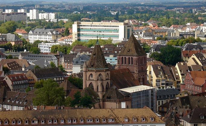 Экстравагантное Страсбургское здание