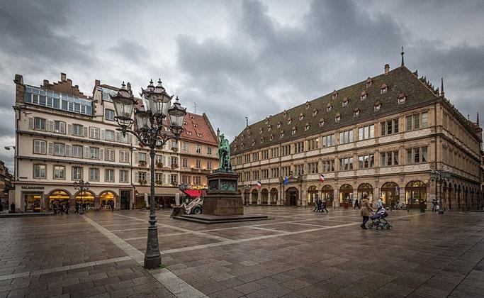 Площадь Гутенберга (город Страсбург)