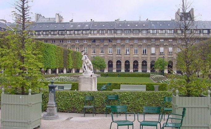 Image result for Пале-Рояль (Королевский дворец) Palais Roya