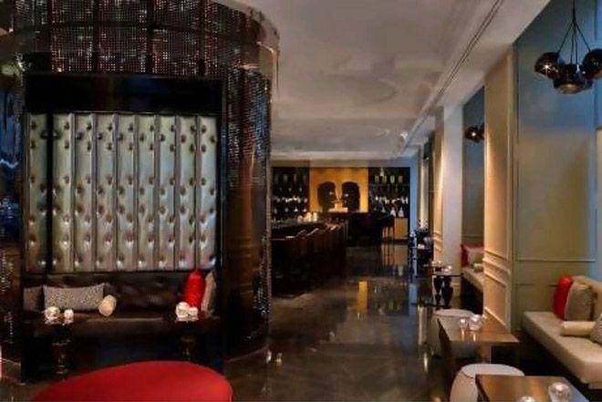 Отельный бар w lounge